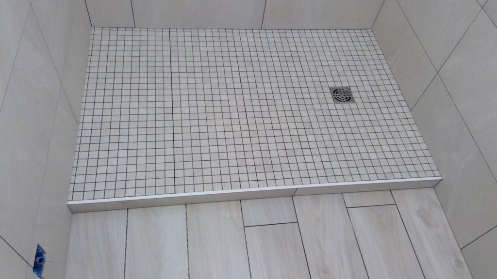 receveur-mosaique-salle-de-bain-pose-fabrice-barp