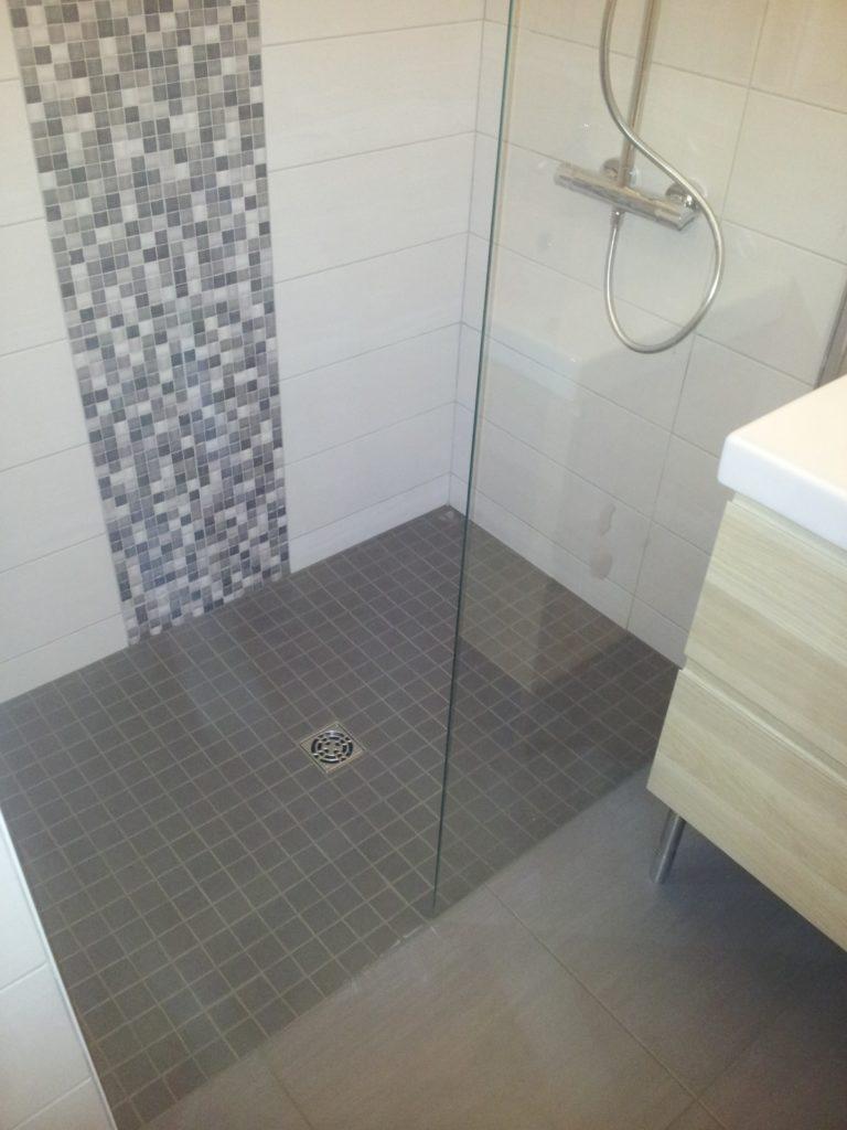 12-apres-salle-de-bain-douche-italienne-barp-meillac