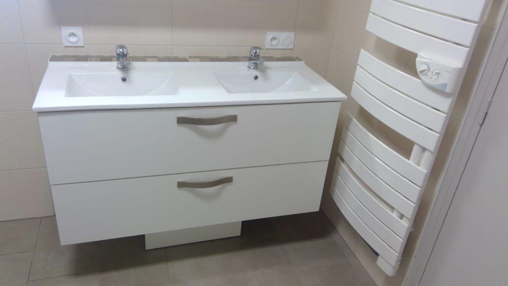 realisations-salle-de-bain-blanc-haut-de-gamme-meillac