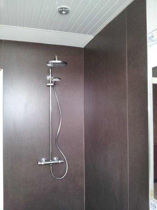 service-3-douche-salle-de-bain-meillac